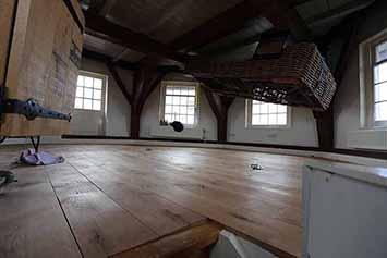 Vloerenhal Montfoort houten vloer molen