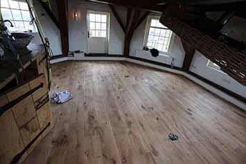 Vloerenhal Montfoort houten vloer voorbeeld in molen