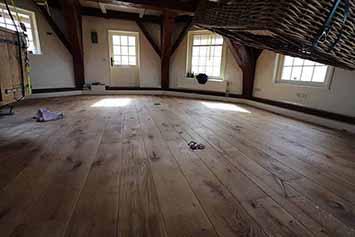 Vloerenhal Montfoort houten vloer in een molen