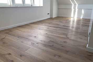 Vloerenhal Montfoort houten vloer zolder voorbeeld