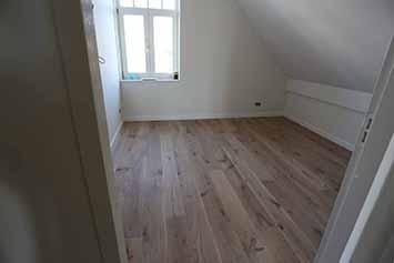 Vloerenhal Montfoort houten vloer voorbeeld zolder